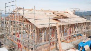 建設中の家