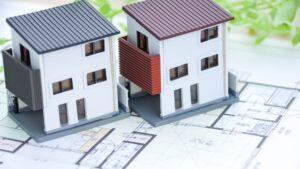 2建の家の模型と設計図